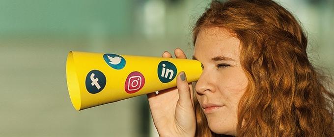 blogTitle-socialmedia-adpictures
